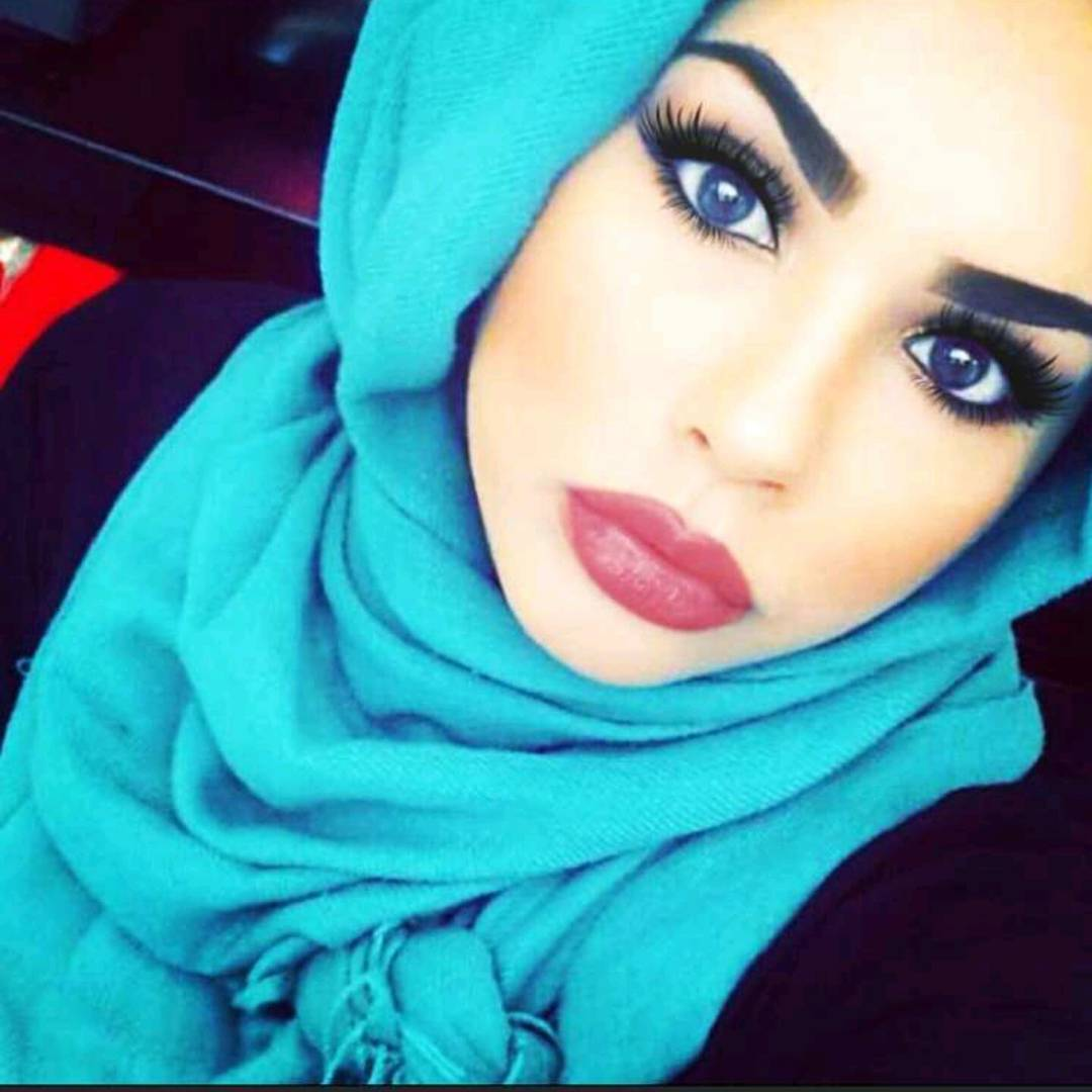 unbelievably_beautiful_women_wearing_hijabs_on_ig_10