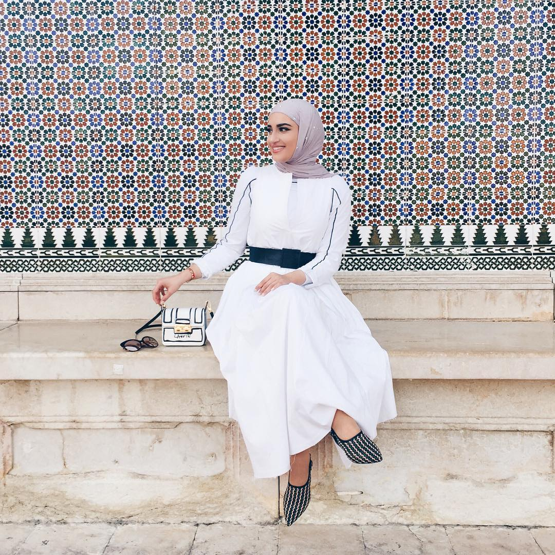 unbelievably_beautiful_women_wearing_hijabs_on_ig_12