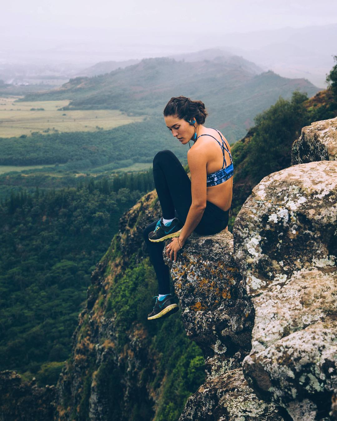 amazing-and-adventurous-female-travelers-you-need-to-follow-on-instagram-or-wanderlust-13