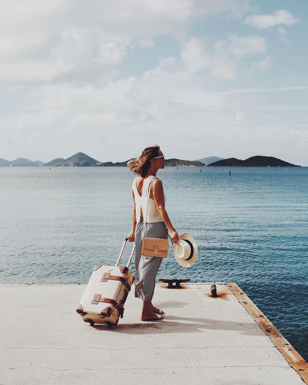 amazing-and-adventurous-female-travelers-you-need-to-follow-on-instagram-or-wanderlust-22