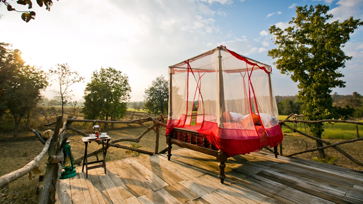 amazing-glamping-destinations-around-the-world-05