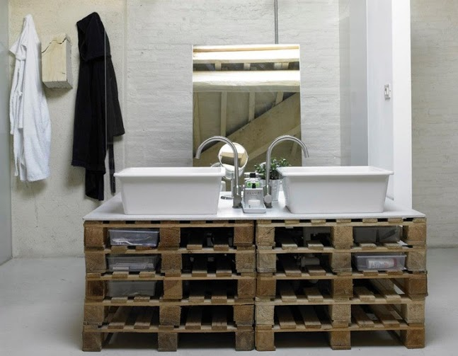 7-creative-ideas-for-bathroom-vanities-09