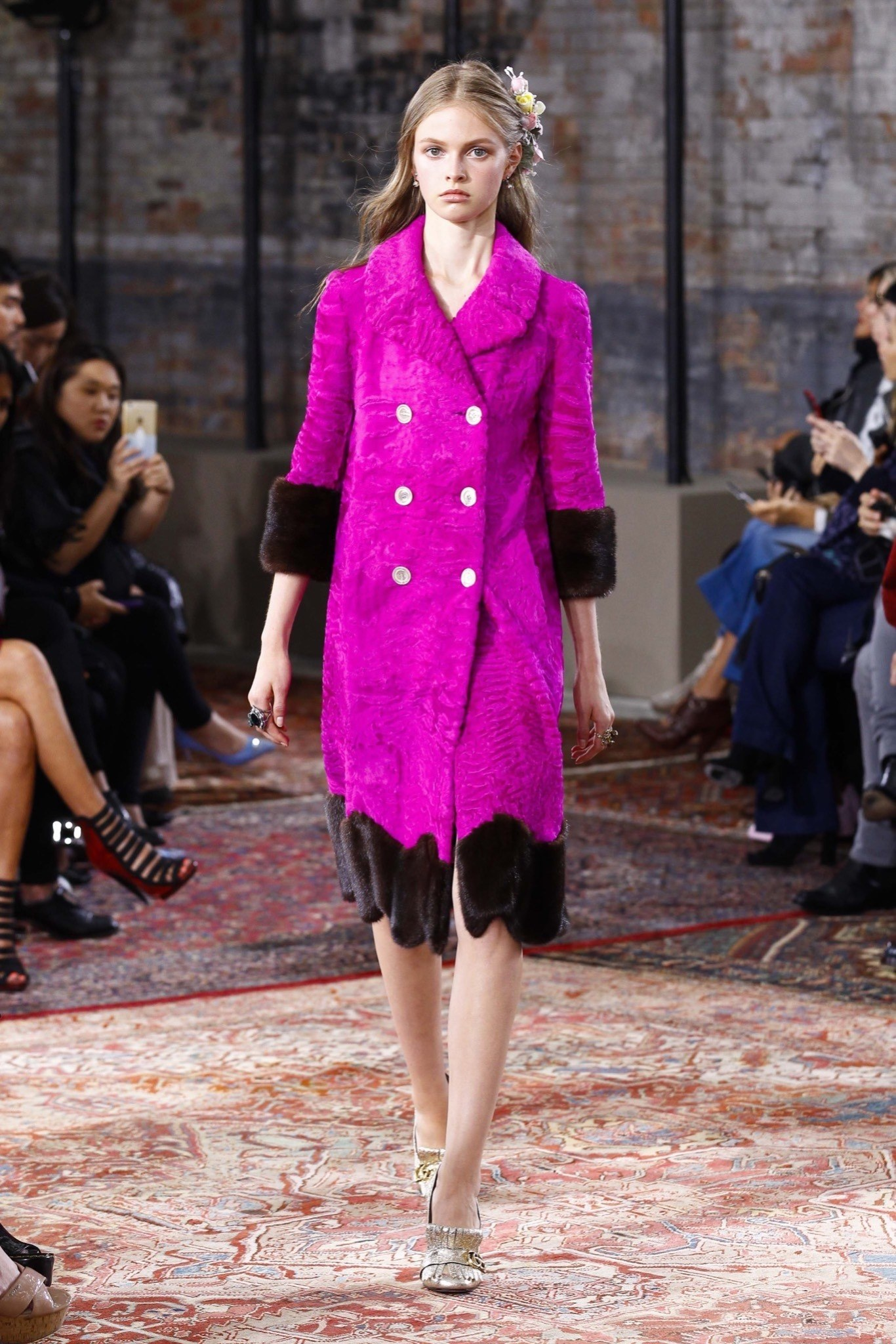 best-looks-of-the-gucci-cruise-collection-2016-04