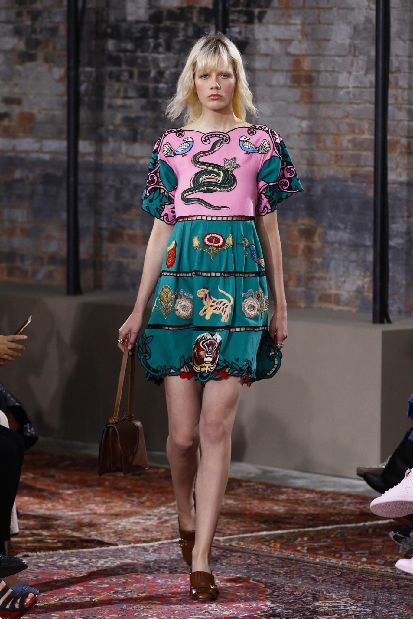 best-looks-of-the-gucci-cruise-collection-2016-15