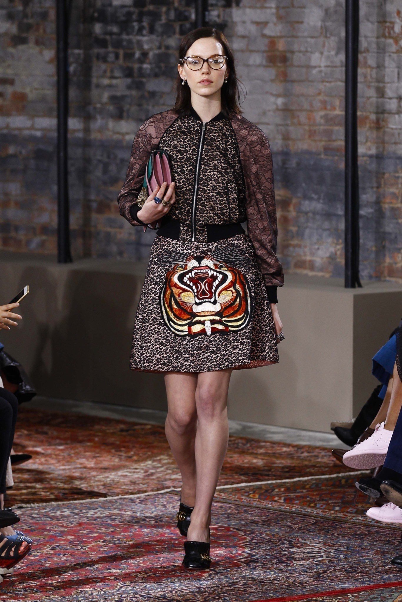 best-looks-of-the-gucci-cruise-collection-2016-16