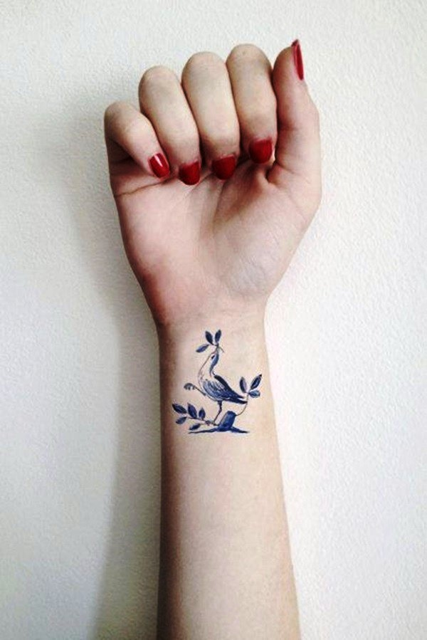 amazingly-attractive-wrist-tattoo-ideas-03