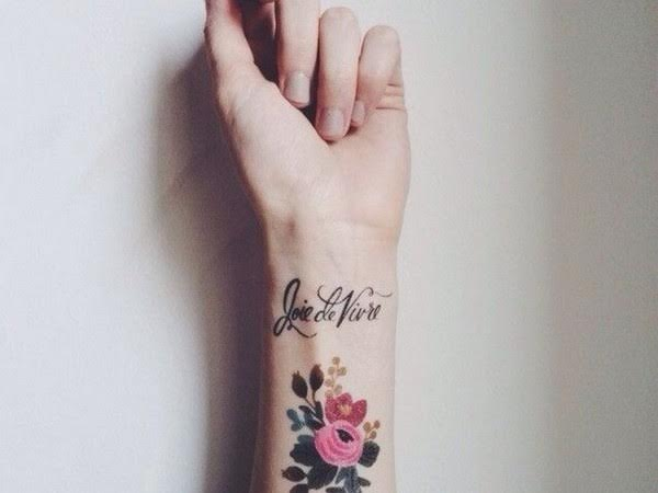 amazingly-attractive-wrist-tattoo-ideas-05