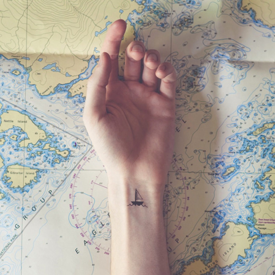 amazingly-attractive-wrist-tattoo-ideas-10