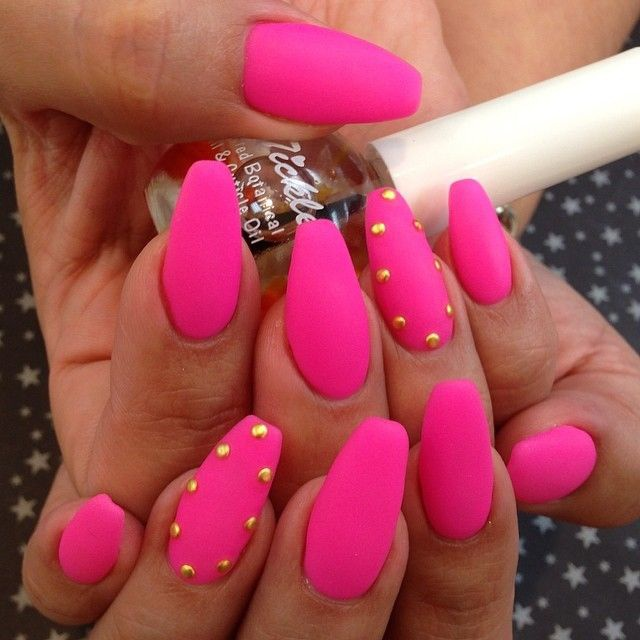 matte-manicures-youll-be-obsessed-with-06