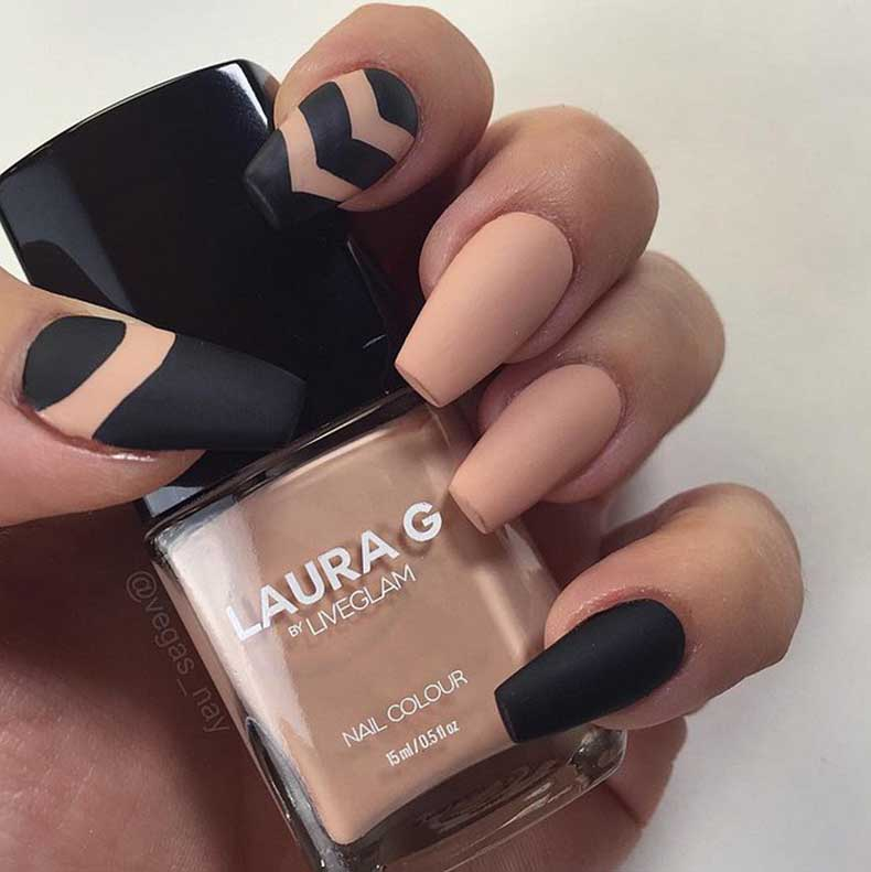 matte-manicures-youll-be-obsessed-with-10