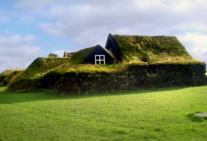 amazing-fairytale-grass-roofs-of-scandinavia-10