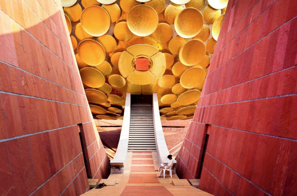 auroville-an-ongoing-experimentor-a-hippy-dream-01