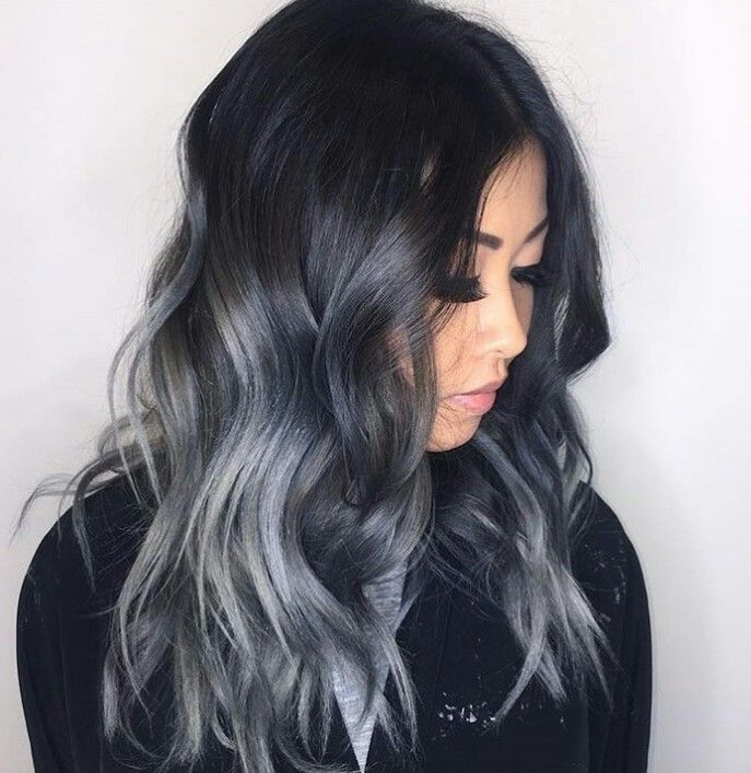 grannyhair-is-the-silver-ombre-trend-breaking-the-internet-08