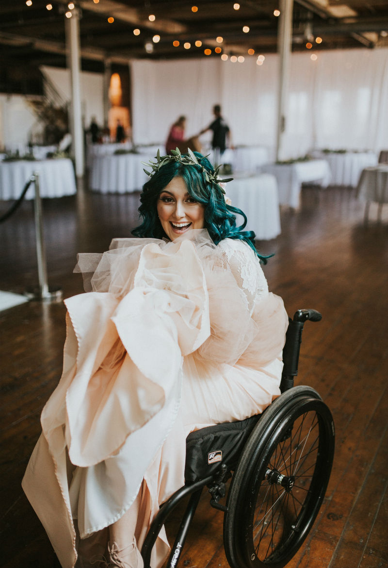 this-paralyzed-bride-decided-to-learn-to-walk-again-for-her-wedding-05