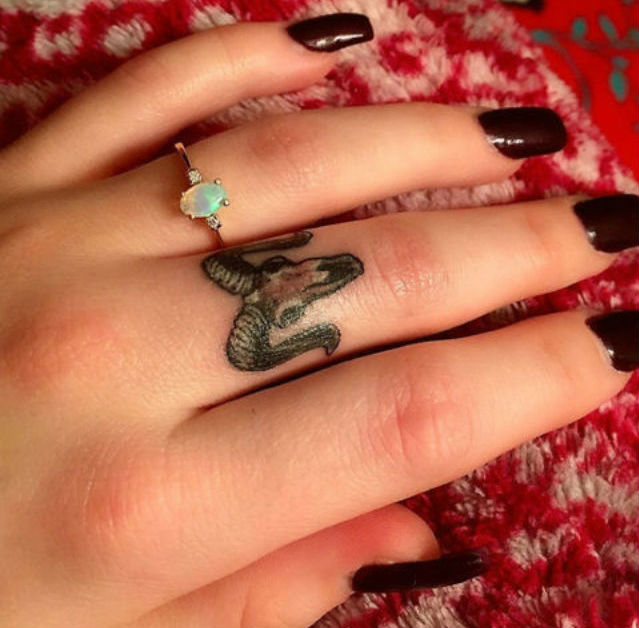cute-astrological-tattoos-you-will-be-obsessed-with-10
