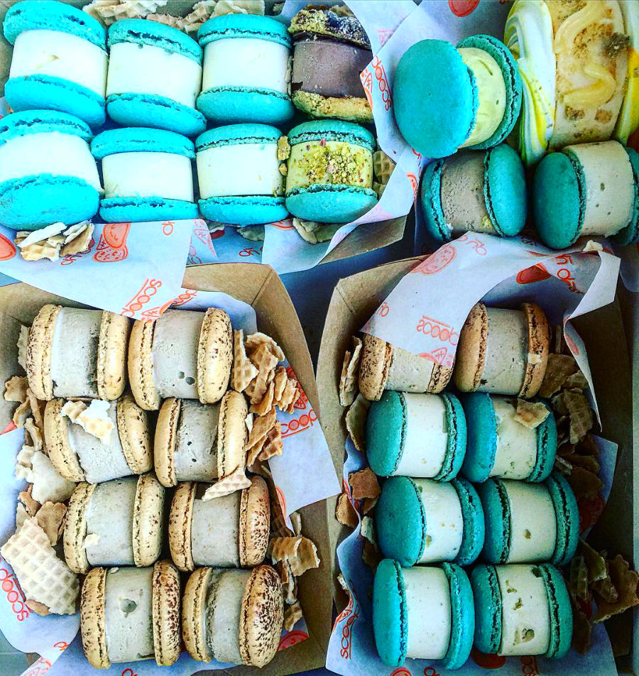 macaron-ice-cream-sandwiches-the-newest-dessert-trend-and-we-are-all-for-it-12