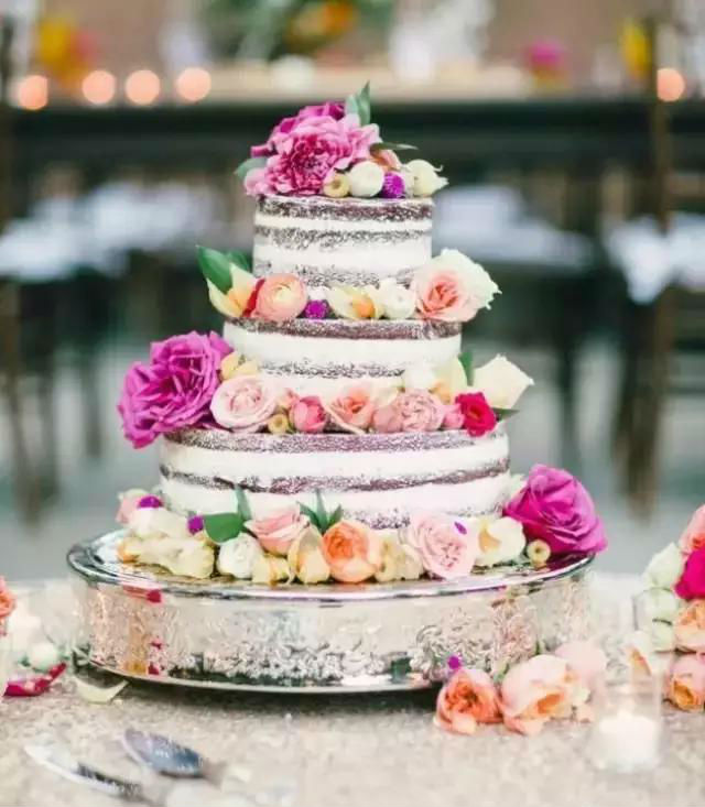 most-beautiful-naked-cakes-02