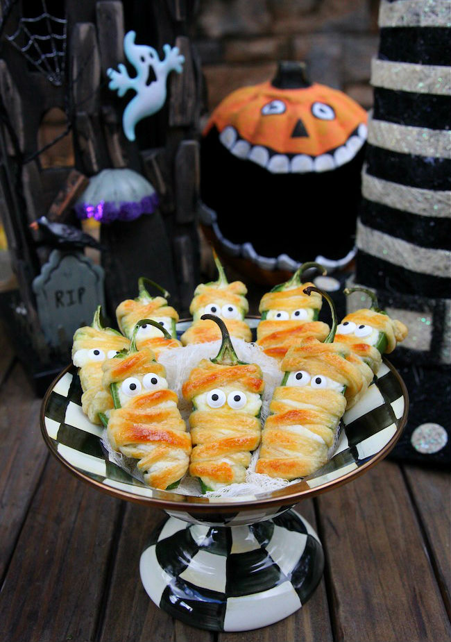 creative-pinterest-perfect-snacks-for-a-halloween-party-01