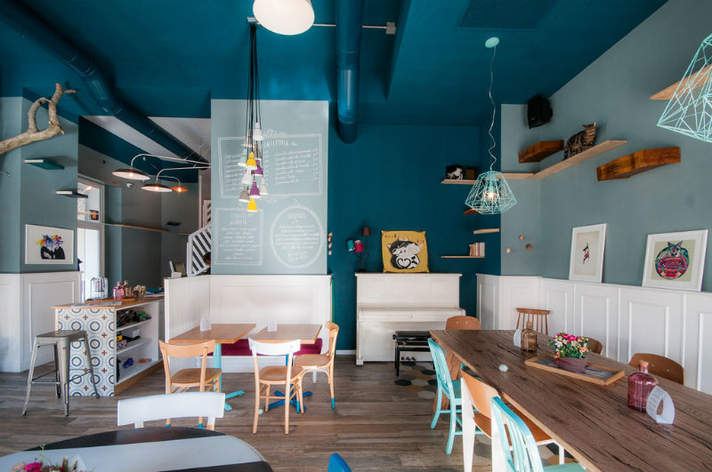 cutest-cafes-from-around-the-world-every-girl-should-visit-10