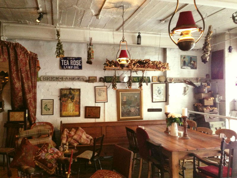 cutest-cafes-from-around-the-world-every-girl-should-visit-17