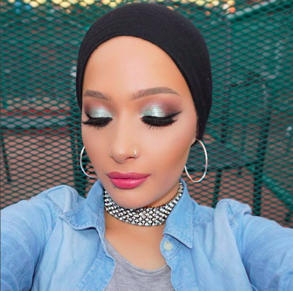 the-first-hijabi-covergirl-is-here-and-her-name-is-nura-afia-05