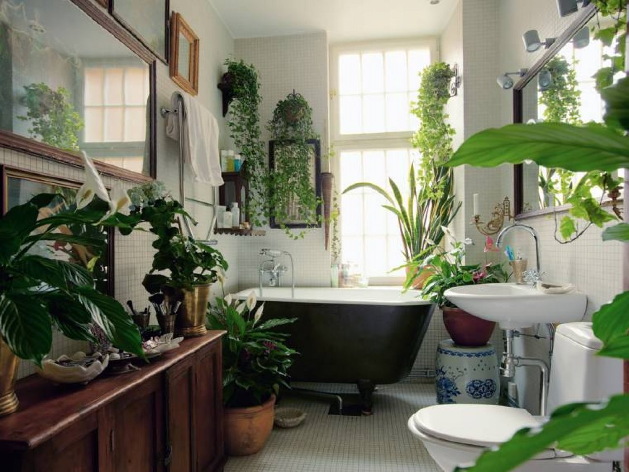 Eye-Catching-Tropical-Bathroom-Ideas-10
