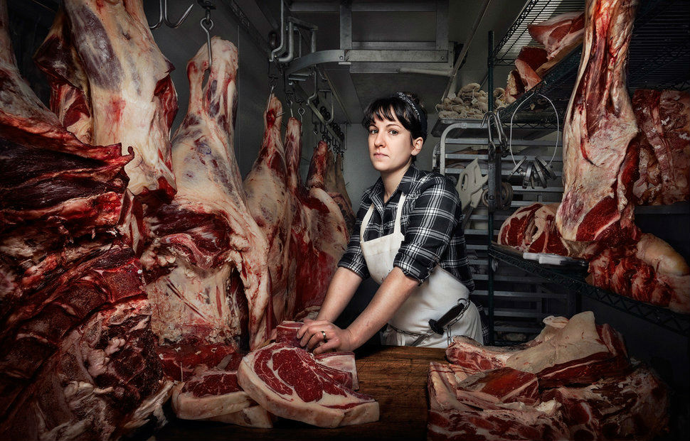 01_women_proving _mens_work_is_not_a_thing_butcher