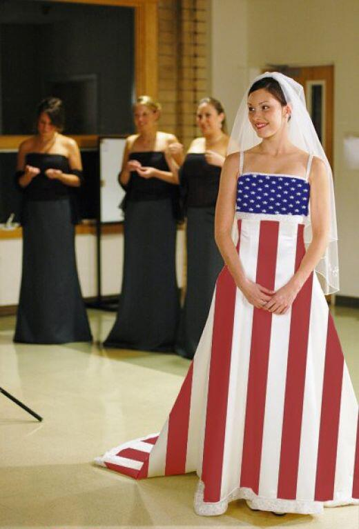 13_Of_The_Worst_Wedding_Dresses_You've_Ever_Seen_3
