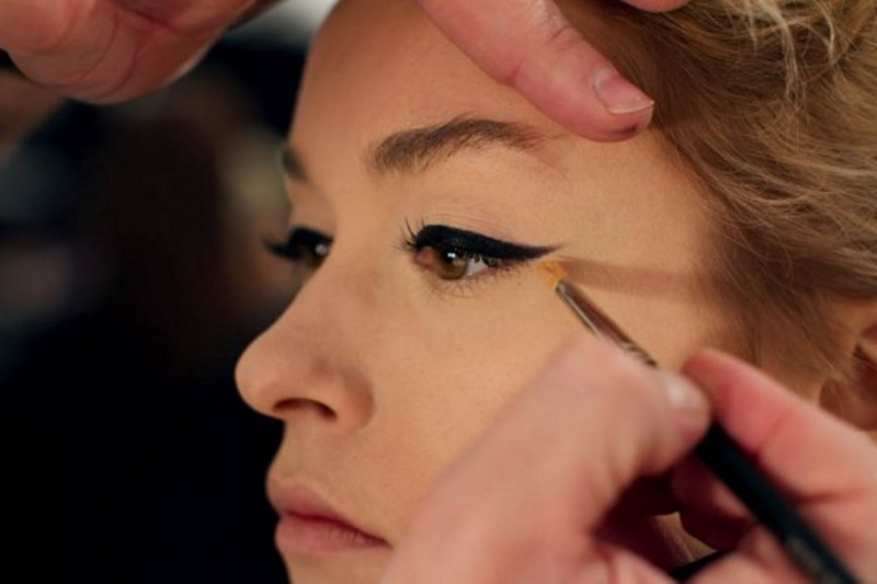 10_Tricks_That_Will_Make_Your_Makeup_Application_Easy_And_Flawless_8