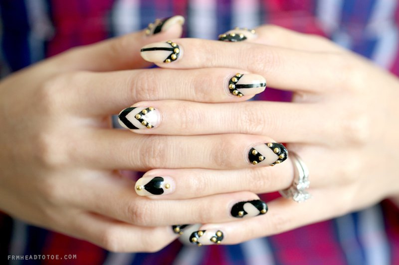 15_So-Pretty_Nail_Art_Designs_for_Valentine's_Day_15