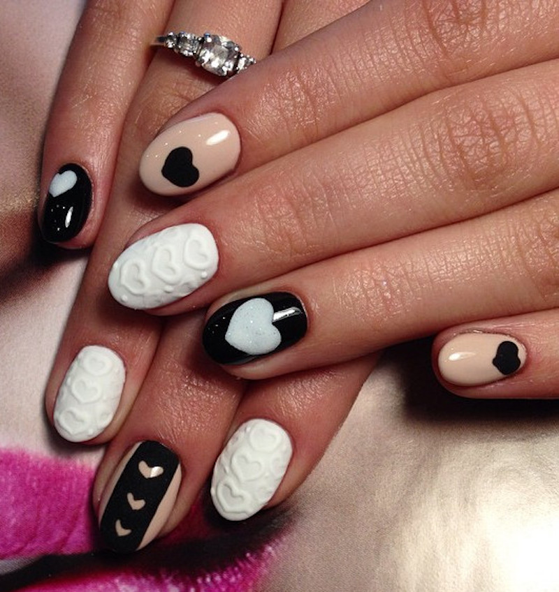 15_So-Pretty_Nail_Art_Designs_for_Valentine's_Day_7