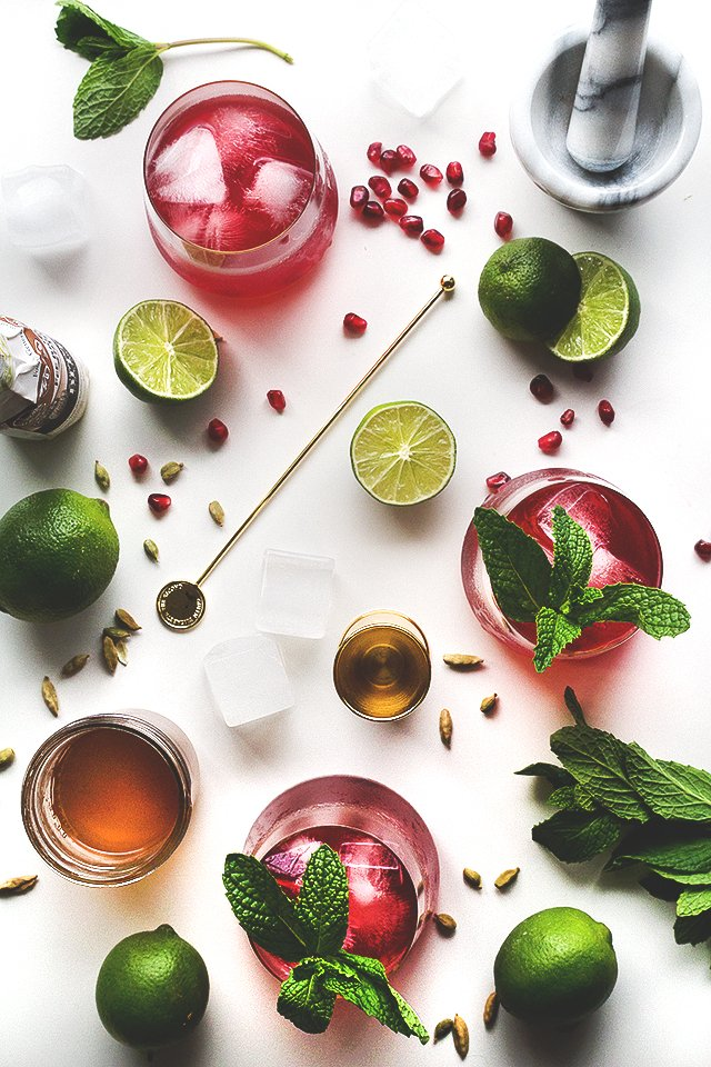 Love-potion-10-romantic-cocktails-for-valentine's-day3