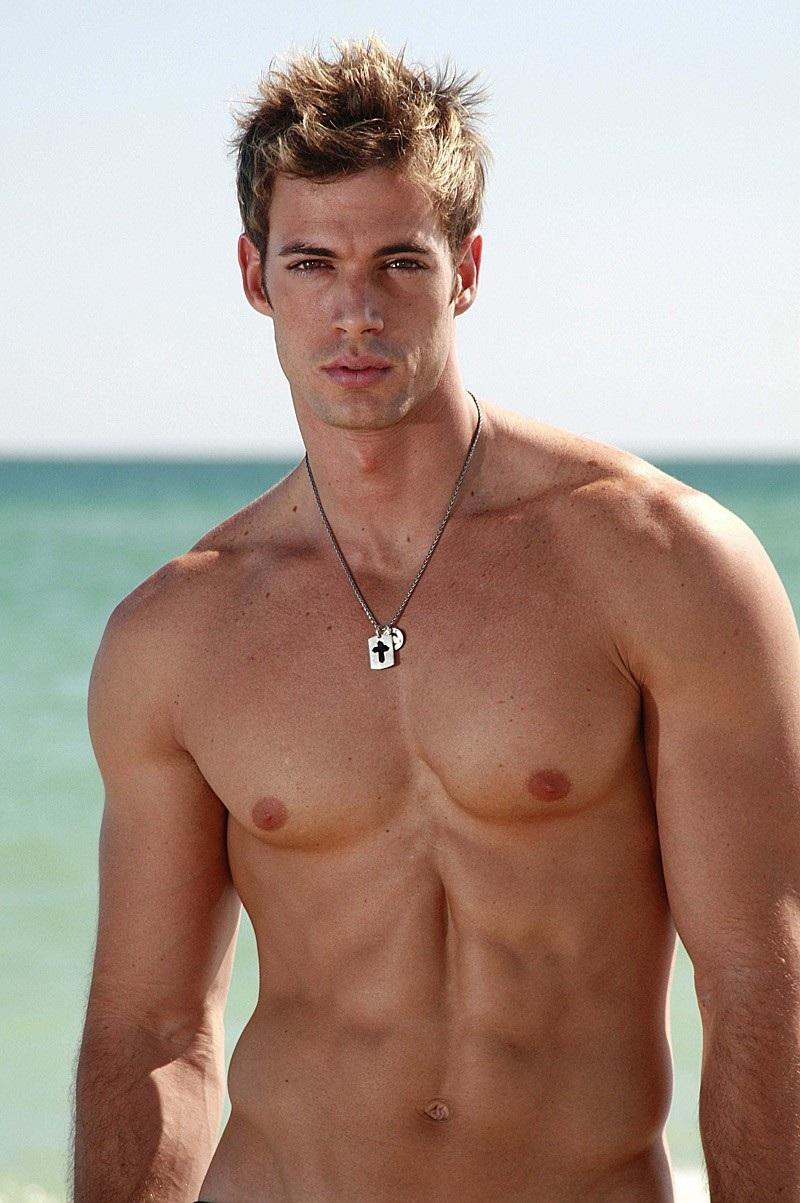 02-actores-latinos-guapos-y-millonarios-williamlevy