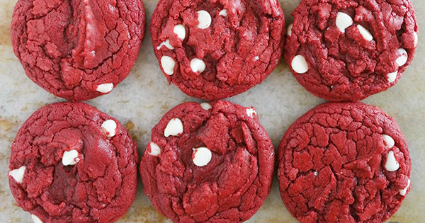 07-Cake-Mix-Cookies-red-velvet-white-chocolate