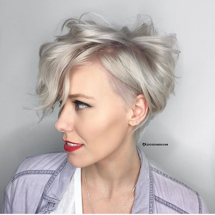 Th-Most-Flattering-Haircuts-For-Women-Of-All-Ages-08