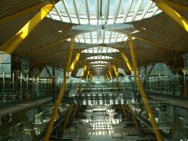 most-beautiful-airports-around-the-world-03