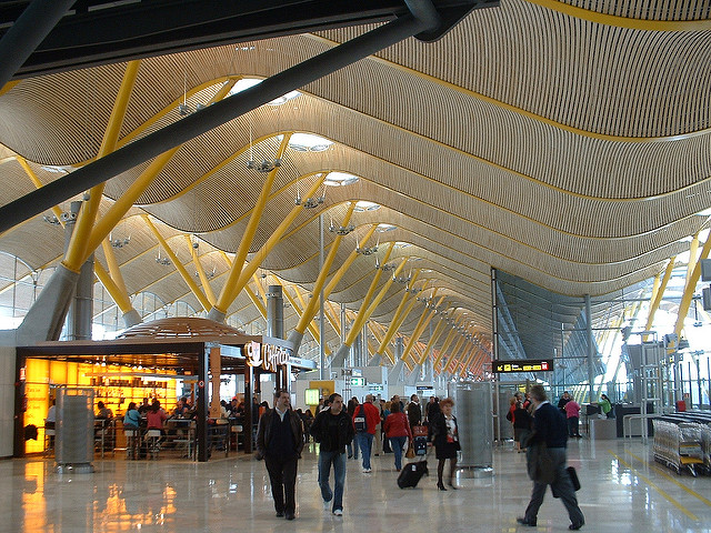 most-beautiful-airports-around-the-world-04