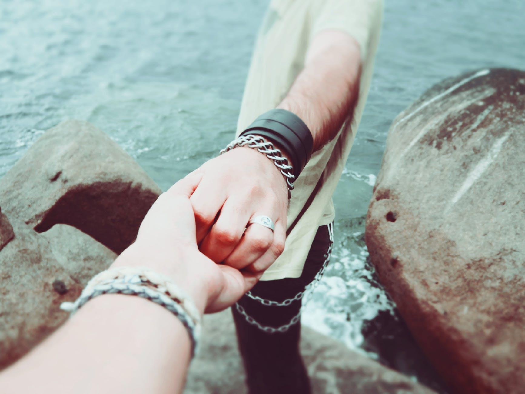8 cosas que las parejas felices no hacen | Her Beauty