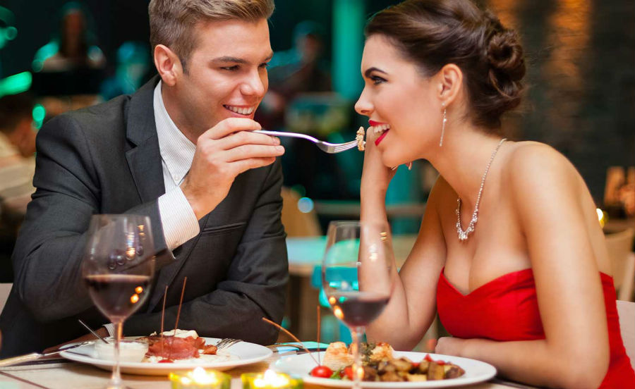 ≡ First Date Ideas & What They Say About Him 》 Her Beauty