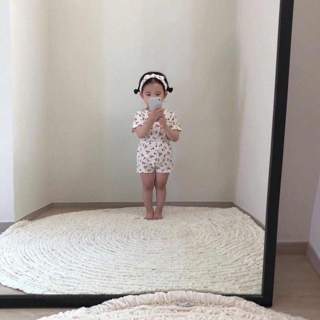 """Cô bé với những bức ảnh """"selfies"""" đậm chất thời trang đáng yêu #1   Her Beauty"""