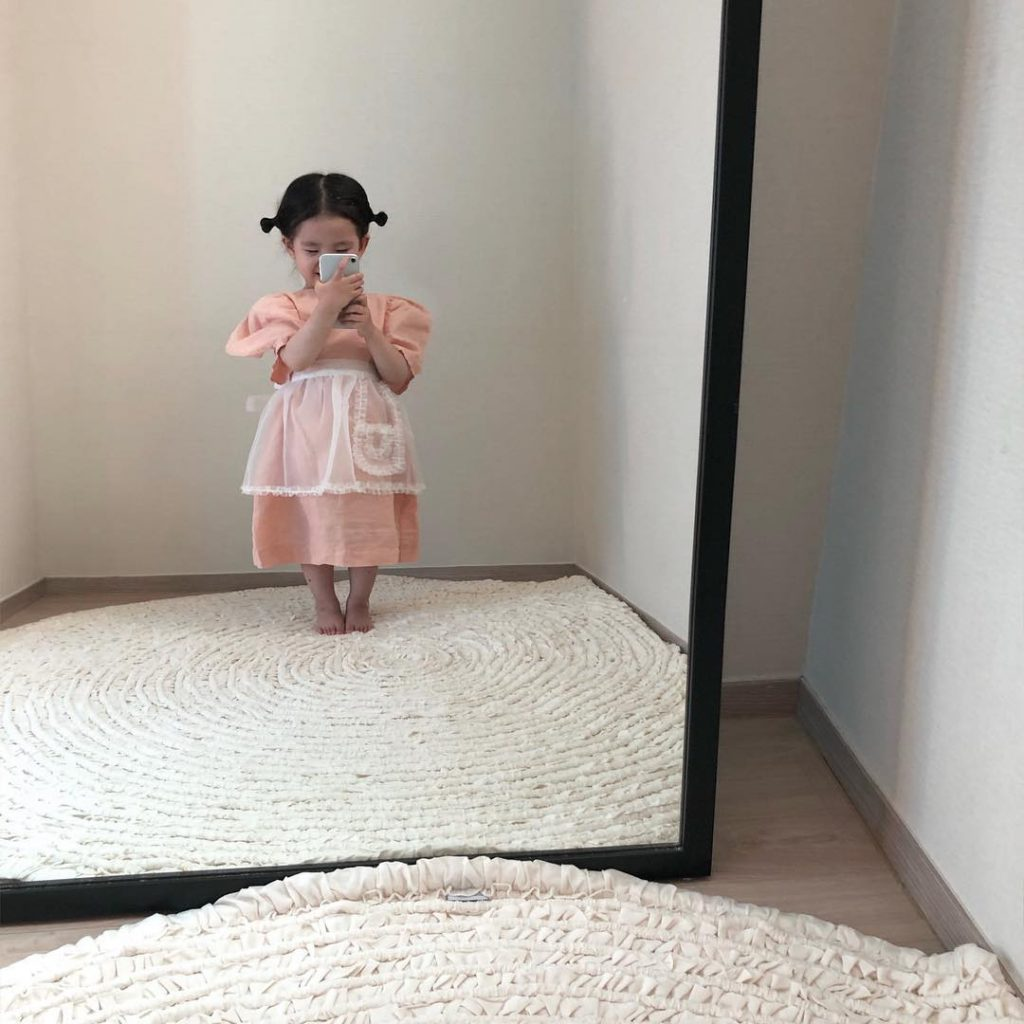 """Cô bé với những bức ảnh """"selfies"""" đậm chất thời trang đáng yêu #2   Her Beauty"""