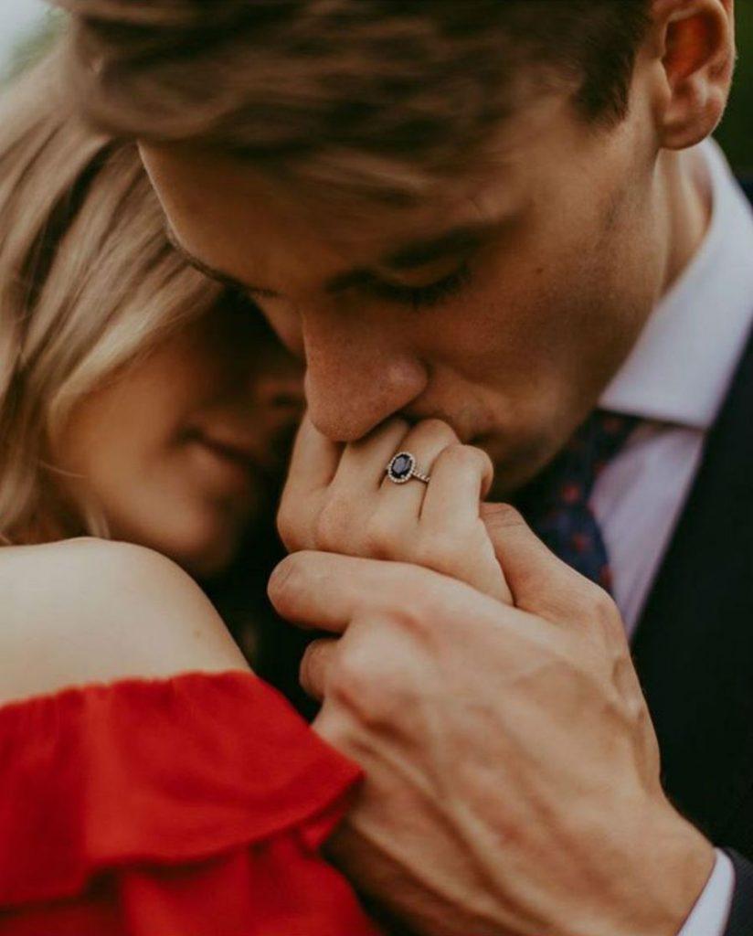 9 признаков того, что мужчина вас по-настоящему любит #10 | HerBeauty