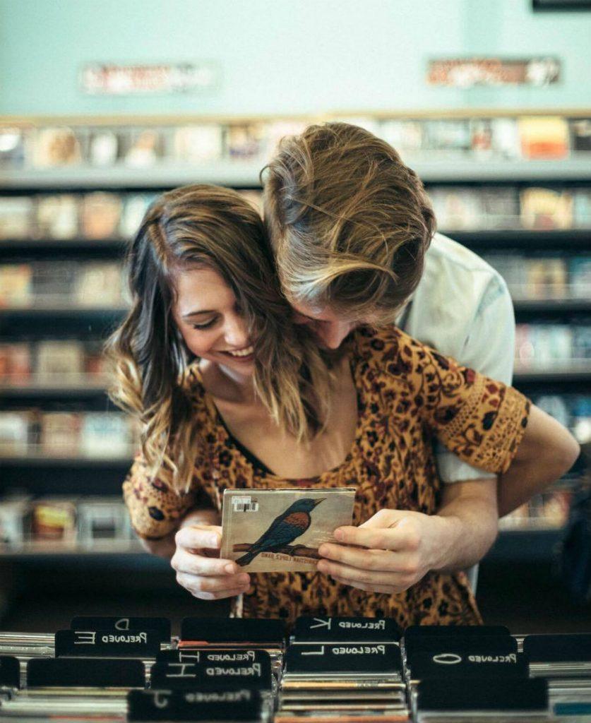 9 признаков того, что мужчина вас по-настоящему любит #2 | HerBeauty