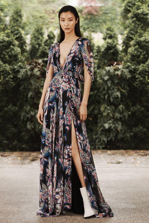 Sử dụng những họa tiết in nổi  | 15 gợi ý phong cách thời trang của phụ nữ Á Đông | Her Beauty