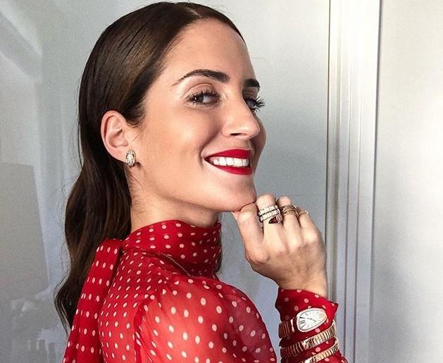 Elige inteligentemente el lápiz labial | 9 Consejos De Maquillaje Y Belleza Para Mujeres Con Un Tono De Piel Oscuro | Her Beauty
