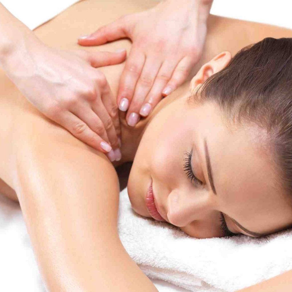 Traditional Massage | 9 Best Spa Treatments Every Women Should Try | Her Beauty
