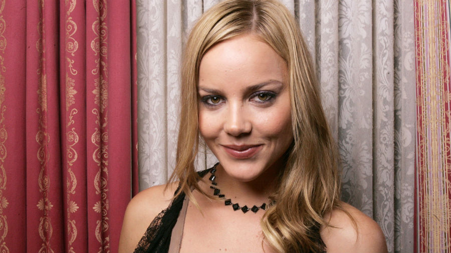 Эбби Корниш | 10 роковых блондинок Голливуда, разбивших чужие семьи | Her Beauty