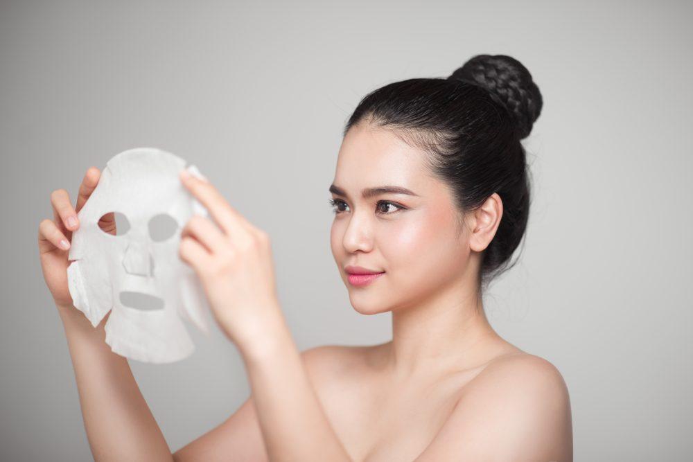 Cự Giải – Đắp mặt nạ   | Tạo lập thói quen làm đẹp theo cung hoàng đạo của bạn | Her Beauty
