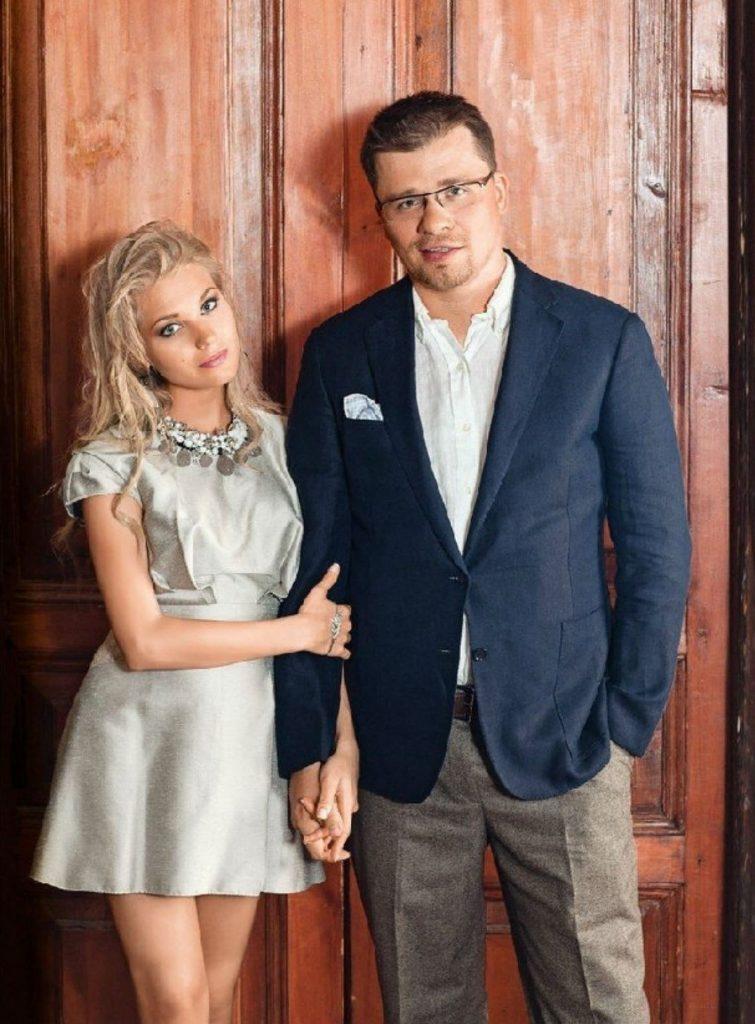 Гарик Харламов и Кристина Асмус | Звездные пары с огромной разницей в росте | Her Beauty
