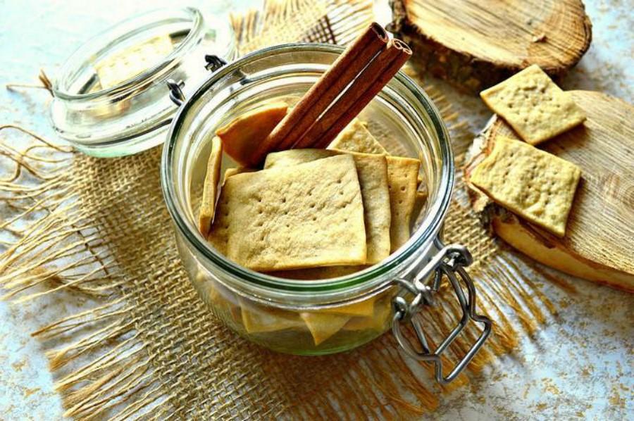 Галеты и тосты | 10 коварных продуктов, которые мешают вам похудеть | Her Beauty